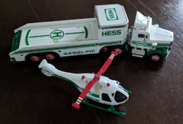 Hess helicopter transporter model vehicle sets e1a107f0 f5fe 494c bd5c 15bdad602a78 medium