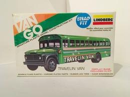 Lindberg Travelin' Van | Model Bus Kits