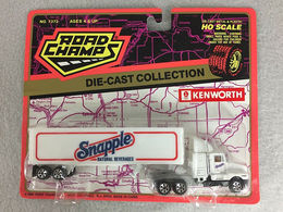 Road champs 1994 snapple kenworth tractor trailer ho scale diecast semi truck model vehicle sets 9b009fd9 654f 41b4 9ea8 67d9e57f96f3 medium
