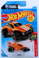 Octane | Model Cars | HW 2019 - Collector # 092/250 - HW Game Over 1/5 - New Models - Octane - Orange - USA Card with 'Rocket League'