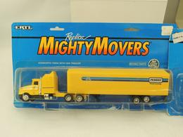 Ertl replica mighty mover penske truck leasing kenworth t 600a with van trailer model vehicle sets 655a1a00 98c7 4c68 9322 9170f09d58aa medium