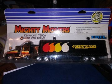 1987 Ertl Mighty Movers Kenworth T-600A W/Northland Van Trailer 1:64 Scale | Model Vehicle Sets