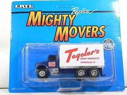 Ertl mighty movers tegeler%2527s dairy products international box truck model trucks a7c07a80 d882 442e 8086 91f92597661c medium
