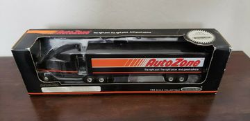 Auto Zone Freightliner Semi With Van Trailer by Ertl 1/64th Scale | Model Vehicle Sets