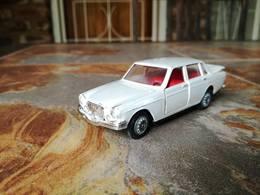 Volvo 164 model cars 405bd8e2 339d 4fa4 8a2a dffb8d695884 medium