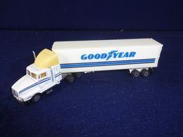 Vintage Road Champs Goodyear Kenworth T-600 Semi Truck Cab w/Trailer | Model Vehicle Sets