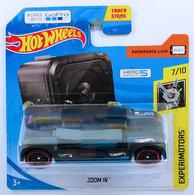 Zoom in model cars 376b7209 65bf 4835 97bf 4e41def61c66 medium