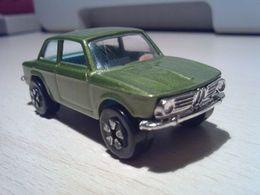 Playart bmw 2002 model cars f707df78 2b9f 4d45 96dc 6e1d302d35d7 medium