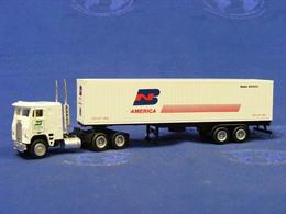 Freightliner w%252f40%2527 trailer %2527burlington northern%2527 model vehicle sets 87241ea2 599a 4b2e b41e 8180ad1e05f2 medium