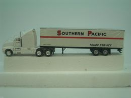 Kenworth semi white southern pacific trailer 1%253a87 t 0008 sp model vehicle sets 618d5e61 50c0 45b6 8a7a fb94bc19a147 medium