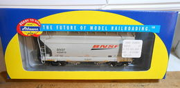 Athearn ho 93904 acf 2 bay hopper bnsf 405810 model trains %2528rolling stock%2529 ec99e130 5c68 4ca4 b361 309cb9aec5a2 medium