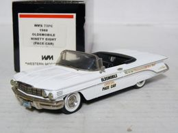 Oldsmobile 98 pace car 1960 model cars e9fc7027 5a07 4ede b528 4d4efc6d3929 medium