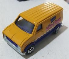 Fourgon  model trucks c8b7f858 46f0 482e b820 778e5cf4366d medium