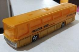 Neoplan bus model buses 92504a67 7e93 4612 83d7 0eb1a6913888 medium