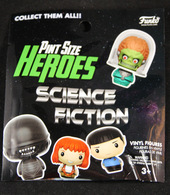 %2528blind bag%2529 pint size heroes science fiction vinyl art toys b509e91d 6687 4ed9 abf6 b1403030f223 medium