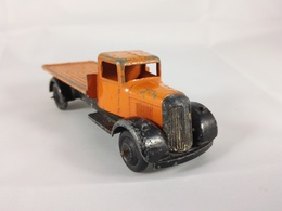 Flatbed lorry model trucks 2f0c761a 46da 41e1 964a a50e742d6cb2 medium