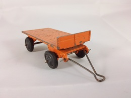 Small trailer model trailers and caravans 035b59b4 652c 4742 b4e8 4590522982ea medium