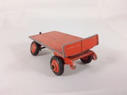 Small trailer model trailers and caravans 7f7df696 c8ae 4cff bcd8 bc4daa56acb7 medium