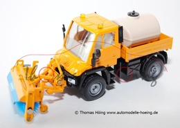 Mercedes-Benz U 400 with Front Sweeper | Model Trucks
