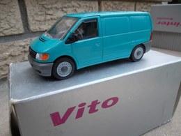 Mercedes-Benz Vito Van | Model Trucks | photo: Robert B