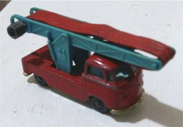 Volkswagen t1 luggage elevator truck model trucks 088fa39a de63 4720 8ae7 bd94dc2537f5 medium