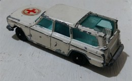 Studebaker wagonaire ambulance model cars a1fee13a a9ad 47d3 b323 26d32eef7cfb medium