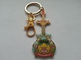 City shirt keychains dff19dc4 84fc 4b39 8631 6fef889505c0 medium