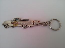 White caddy keychains 4eb3ef5c c0be 40bd b18b c70d0c6e33e1 medium