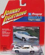 1971 plymouth road runner model cars 891261b0 1bf6 47fe b30c fe73e8802f7d medium