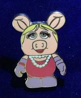 Miss piggy pins and badges 26e399ad 06e6 4cbd 9cf4 32ff05c3178b medium