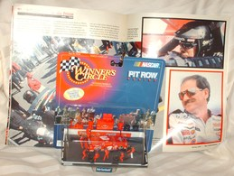 Winner%2527s circle dale earnhardt pit crew series%252cwith a time magazine%252cand mag tribute to him%252c newpaper articles  model racing cars e2190396 7d7b 42e2 9330 f6561fd7152b medium