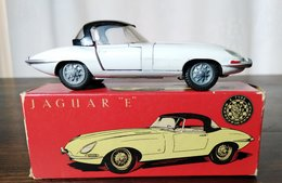 Jaguar E-Type | Model Cars | photo: Koos M