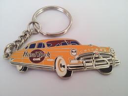Orange car keychains 95ed77bf b5e9 43a6 9240 ad0a48eb95bf medium