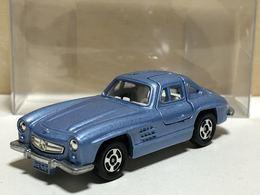 Mercedes benz 300sl model cars ff6680d5 c88f 4901 aafe b4d2c8b20af7 medium