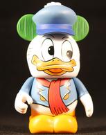 Fred vinyl art toys e9c42e63 962f 46bf 9fd1 6ea3314bc3b6 medium