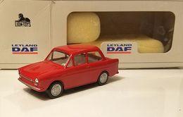 Daf 33 model cars d7bf99a3 4fef 4b31 a030 76f35be72077 medium