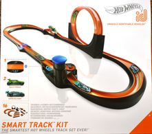 Smart track kit model vehicle sets 462bd9d5 a2a9 47ea aba6 d50412b6b377 medium