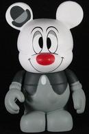 Lonesome ghost vinyl art toys 05b7382c 058c 4fc6 98bf 6473765fd03d medium