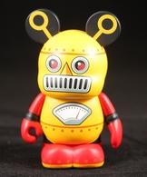 Yellow robot vinyl art toys 7c904f05 e6f2 4aae 9294 21495acef004 medium