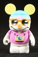 Snowman tourist vinyl art toys 8bef2a3b d6d3 4380 8e9e 37a2ccc1d870 medium