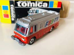 Isuzu NHK TV-Bus | Model Buses