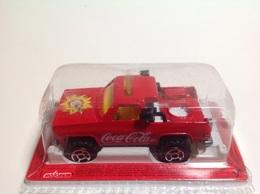 Chevrolet silverado truck model cars e5c1012b b2b3 4573 9d20 4dac10f151a9 medium