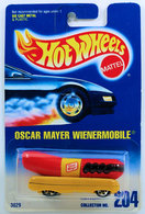 Oscar mayer wienermobile     model cars de5b73ca 2bd1 4e1b 8732 c716f89cb9b9 medium