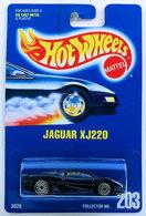 Jaguar xj220     model cars 2a6352e9 9dc6 4ae5 bcab 7799eaf13e11 medium