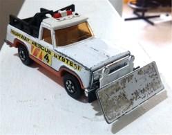 Plymouth trail duster model cars 47e850b9 f73c 430e baf1 2a92d3e83de5 medium