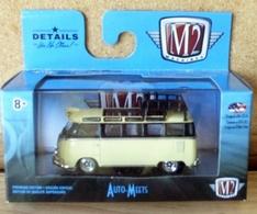1959 vw microbus deluxe u.s.a. model model buses 0a5770bf d68f 43fe a7b1 f2a29d38dc68 medium