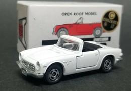 Honda s800m open roof model model cars bdc12b4a 503c 49ce ad2e a4e230ecece3 medium