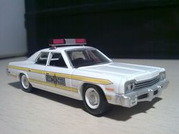 Dodge '77 Royal Monaco Illinois State Police | Model Cars