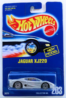 Jaguar xj220     model cars 699bbd77 2a6d 494f b366 915dbef65a4f medium