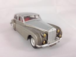 Rolls royce silver cloud model cars c02676c9 966a 47ae a38c 0a1ae8096577 medium